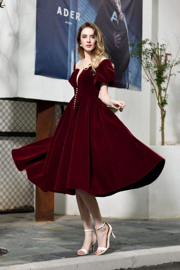https://cdn.uniondresses.com/media/catalog/product/cache/1/image/9df78eab33525d08d6e5fb8d27136e95/l/o/lovely_knee_length_burgundy_velvet_prom_evening_dress_illusion_neckline_short_sleeves6.jpg