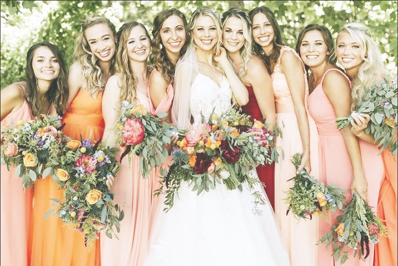 https://www.wedgewoodweddings.com/hs-fs/hubfs/blog/colortrends-warmearthy.png?width=802&name=colortrends-warmearthy.png