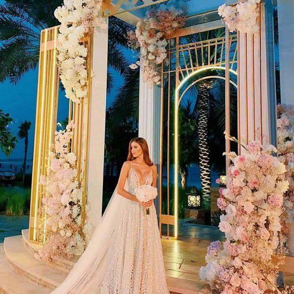 https://dress-trends.com/wp-content/uploads/2019/04/Wedding-dresses-2020-43.jpg