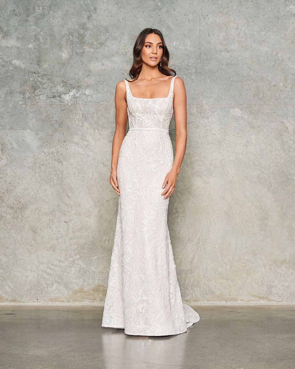 https://i1.wp.com/bridalmusings.com/wp-content/uploads/2020/10/Airlie-by-Jane-Hill-Bridal-The-Best-2021-Wedding-Dresses-from-Bridal-Fashion-Week-Bridal-Musings-2.jpeg?resize=%2C&ssl=1
