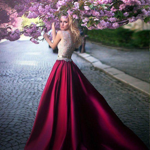 Свадебный салон в Киеве Dress Me - большой выбор платьев