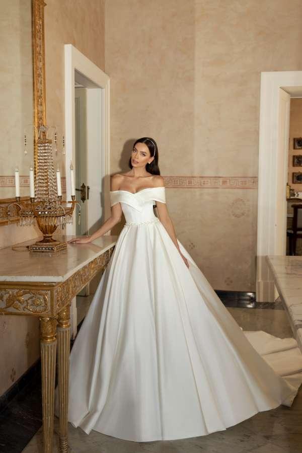 https://www.madeira-wedding.com.ua/files/products/Ilaria_%281%29_1.600x900.jpg?ad29d9668b30b96f31bc88c6d568710d