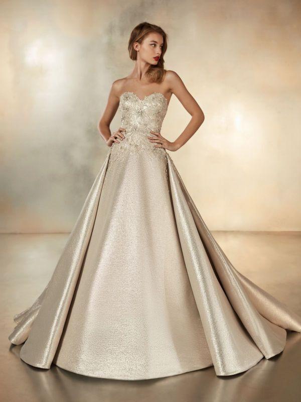 https://www.weddingmagazine.com.ua/wp-content/uploads/2019/04/Atelier-Pronovias-wedding-dress-2020-SUN_MOON_B-600x800.jpg