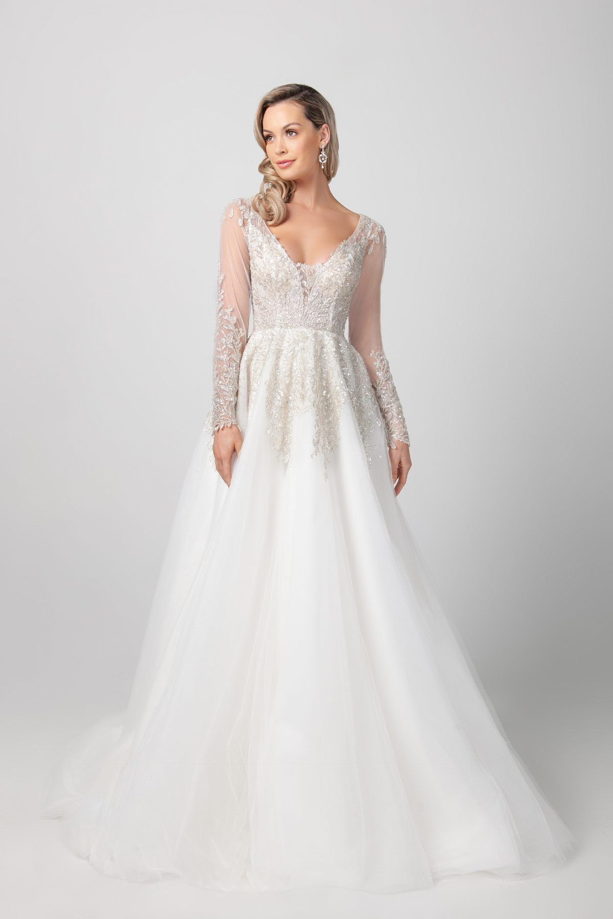 https://www.kleinfeldbridal.com/wp-content/uploads/2020/09/michelle-roth-long-sleeve-a-line-wedding-dress-with-illusion-sleeves-34295659-1200x1800.jpg