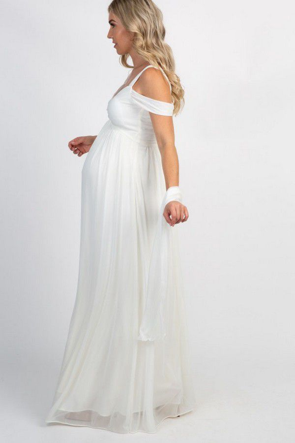 https://www.bridemagazine.co.uk/images/original/5f5a4dad20c4de169eeebee1.jpg