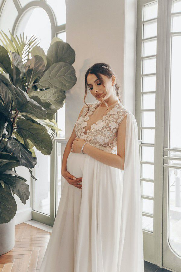 https://cdn0.hitched.co.uk/articles/images/4/5/2/0/img_90254/maternity-wedding-dresses.jpg