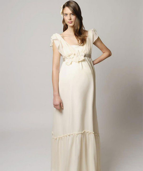 https://images.ctfassets.net/6m9bd13t776q/7cMJIMUPknYBtF6Ca0o573/599b2315bbefd1c21c1c679198eaed93/tina-mak-heidi-maternity-wedding-dress-750x900.jpg?q=75
