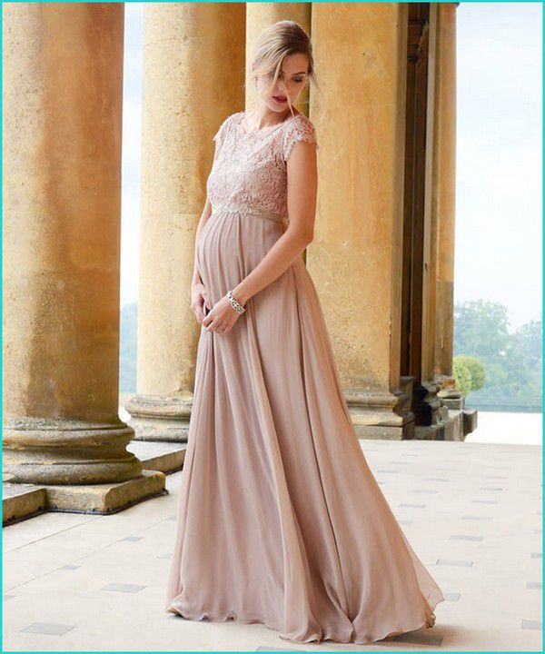 https://images.ctfassets.net/6m9bd13t776q/2ohmht9UzFAaqHg3sMrPWh/88563c7cc072e1e6ad01466473af05d2/03-seraphine-blush-maternity-bridesmaid-dress-750x900.jpg?q=75