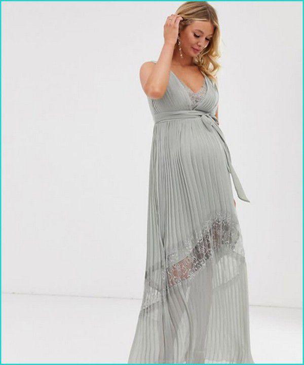https://images.ctfassets.net/6m9bd13t776q/6Knlv7ttVOJhbuK2BtlJus/6bb9ebd26d0ee17777e4ac5b9ac07b65/20-little-mistress-gray-maternity-bridesmaid-dress-750x900.jpg?q=75
