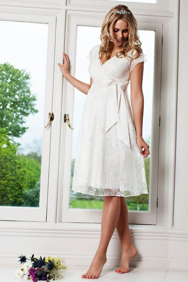 https://cdn.shopify.com/s/files/1/0247/4544/3362/products/ednis-l2-eden-gown-short-ivory_1800x1800.jpg?v=1569359570