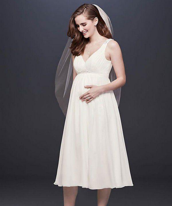 https://images.ctfassets.net/6m9bd13t776q/6LXM0nFkRWHRXF2EEOe8Xh/60e484b1ecf59f3eefb6ba29cf6b3ab7/davids-bridal-short-chiffon-maternity-wedding-dress-750x900.jpg?q=75
