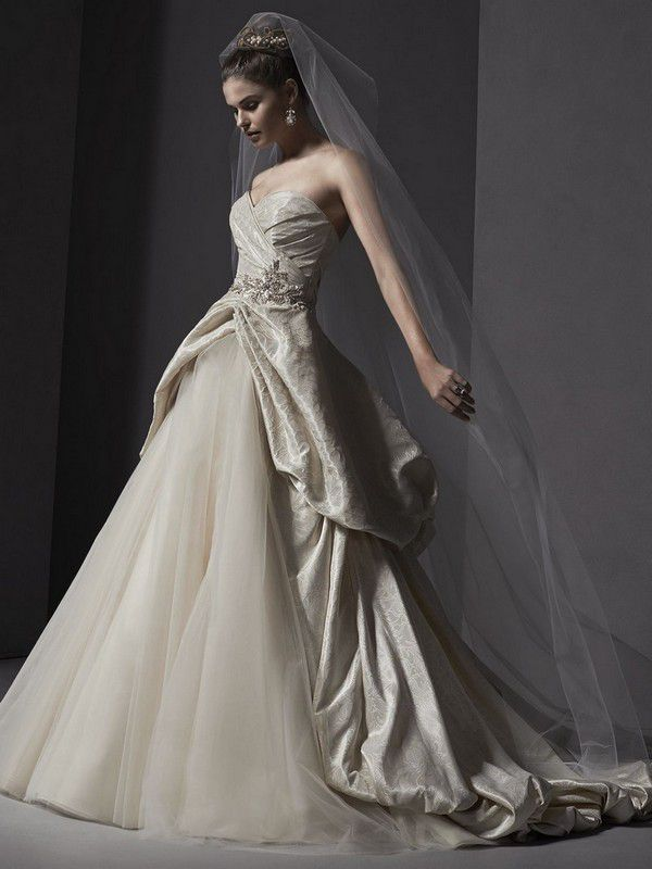 https://ms-cdn.maggiesottero.com/product/Content/Images/45475/High/Sottero-and-Midgley-Wedding-Dress-Ivana-5SW135-alt1.jpg
