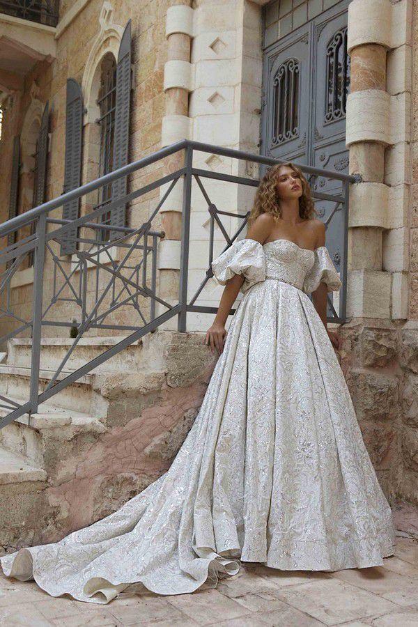 https://www.modernwedding.com.au/wp-content/uploads/2021/01/12/Wedding-Ballgown-10.jpg