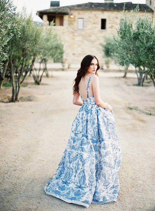 https://www.wedding-venues.co.uk/sites/default/files/blue-wedding-dresses-Kurt_Boomer_Photography.jpg