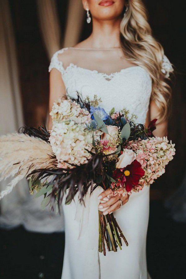 https://www.elegantweddinginvites.com/wedding-blog/wp-content/uploads/2018/07/beautiful-bridal-bouquets-for-fall-and-winter-brides-683x1024.jpg