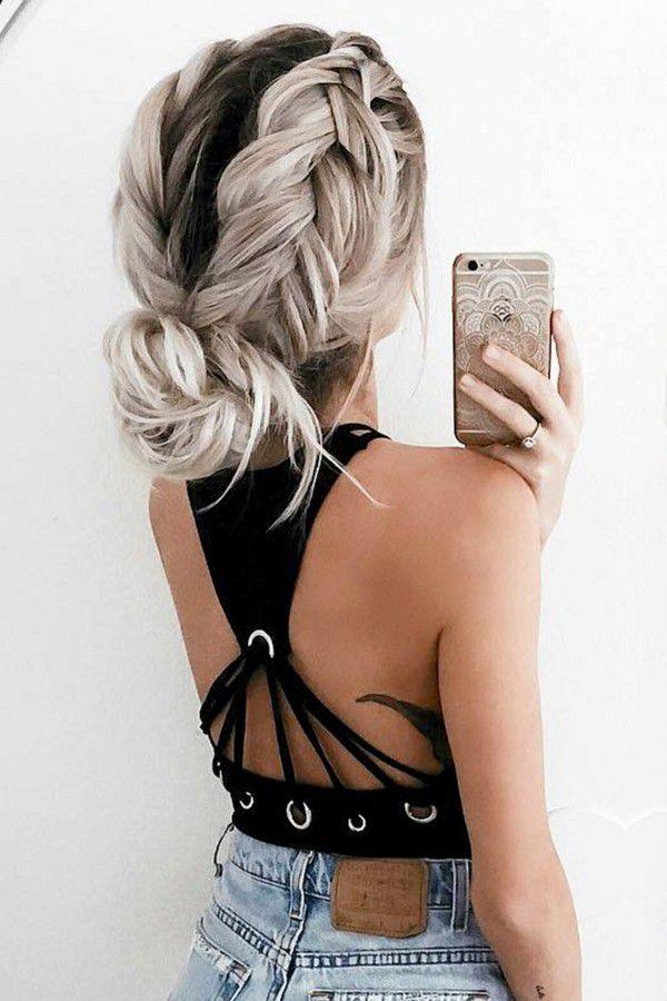 https://lovehairstyles.com/wp-content/uploads/2017/01/easy-hairstyles-spring-break-9.jpg