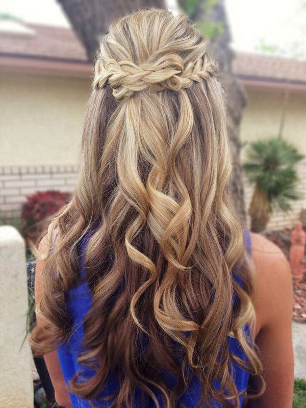 https://www.prettydesigns.com/wp-content/uploads/2015/11/Braided-Half-Up-Half-Down-Hairstyle-for-Wedding.jpg