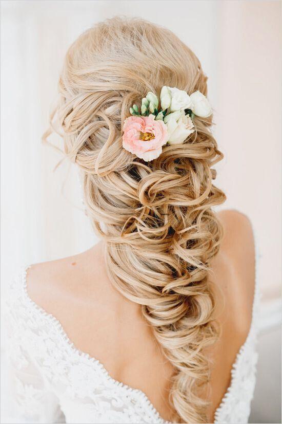 https://www.prettydesigns.com/wp-content/uploads/2015/11/Wedding-Hairstyle-for-Long-Blond-Hair.jpg
