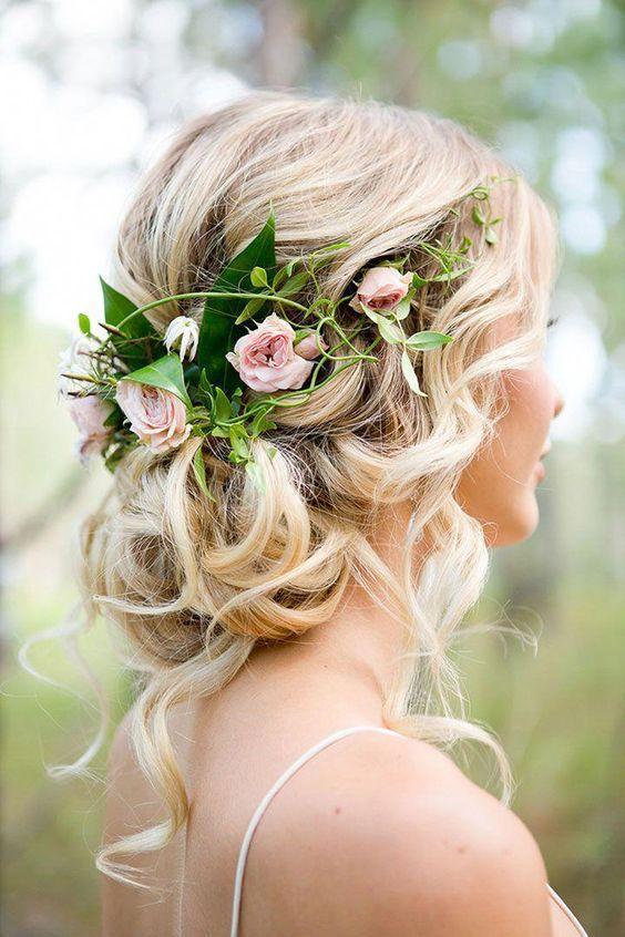 https://www.weddingery.com/wp-content/uploads/2021/03/Wedding-Hairstyle-Trends-for-2021%E2%80%94-Part-2-httpsweddingery.com_-16.jpg