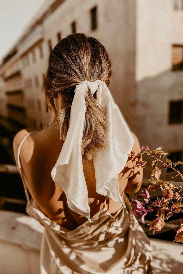 https://cdn0.weddingwire.com/articles/images/1/0/4/0/img_401/etsy-sixstories.jpg