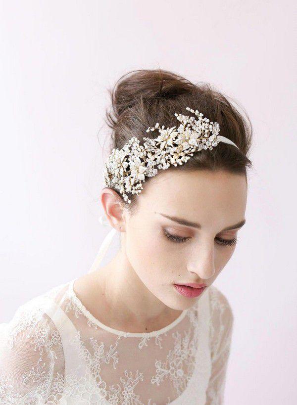 https://www.officialroyalwedding2011.org/wp-content/uploads/2019/06/Vintage-hair-accessories-750x1024.jpg
