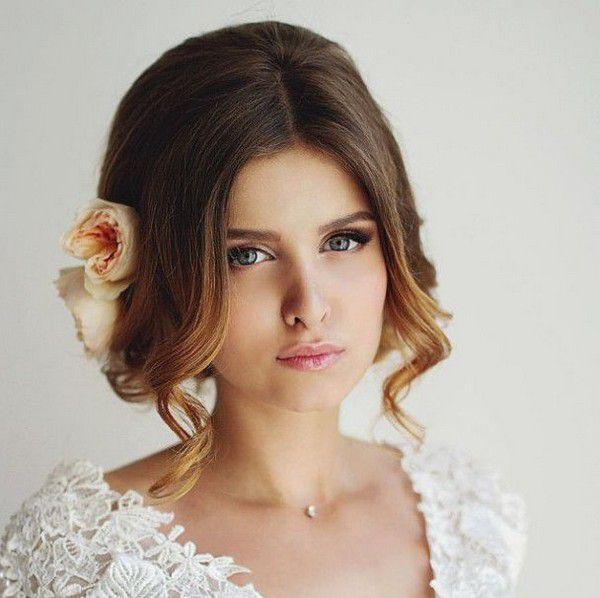 https://www.prettydesigns.com/wp-content/uploads/2015/04/Wedding-Hairstyles-21.jpg