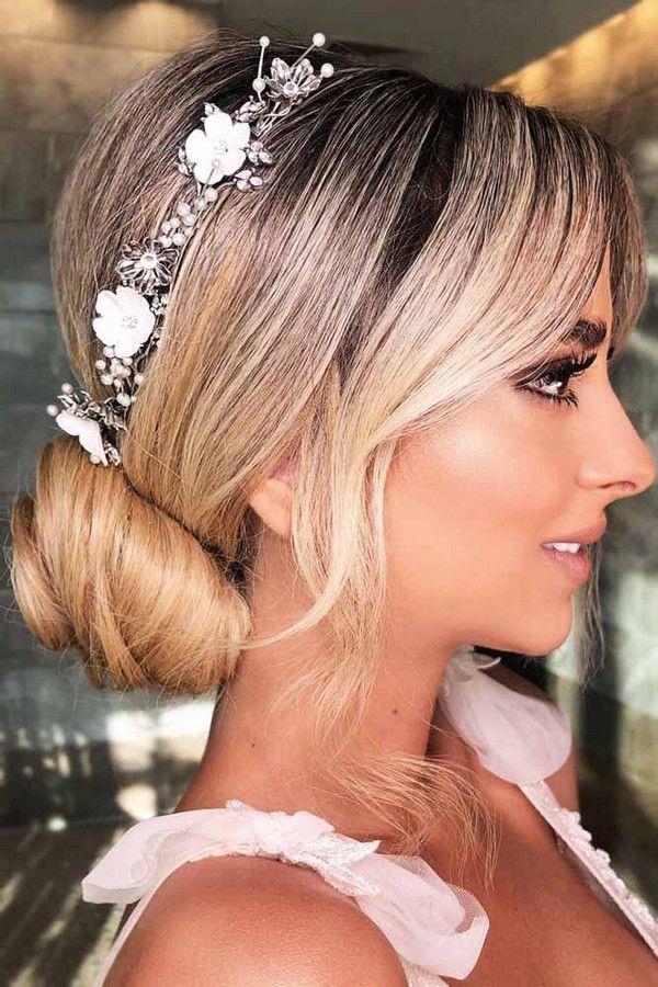 https://lovehairstyles.com/wp-content/uploads/2017/01/easy-hairstyles-spring-break-low-sleek-bun-headband-accessories.jpg