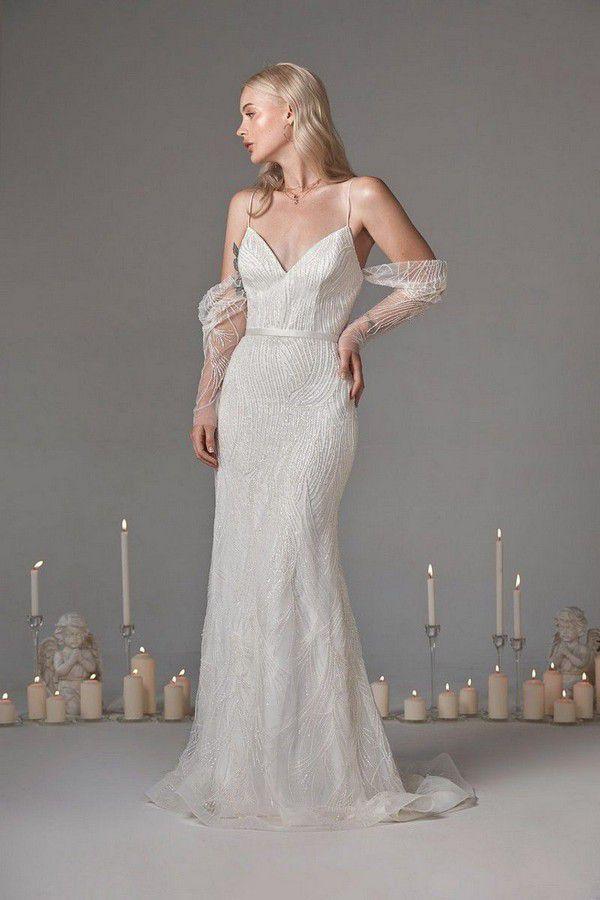 https://onefabday.com/wp-content/uploads/2018/08/Oui-the-Label-Luna-wedding-dress-Beau-Bride-wedding-dresses-the-best-wedding-dress-boutiques-in-Ireland-3.jpg