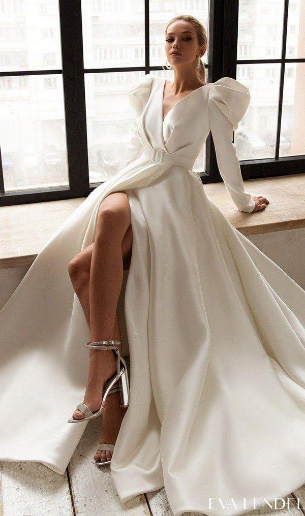 https://bellethemagazine.com/wp-content/uploads/2021/02/Eva-Lendel-Wedding-Dresses-2021-Less-is-More-Collection-Tayra4.jpg