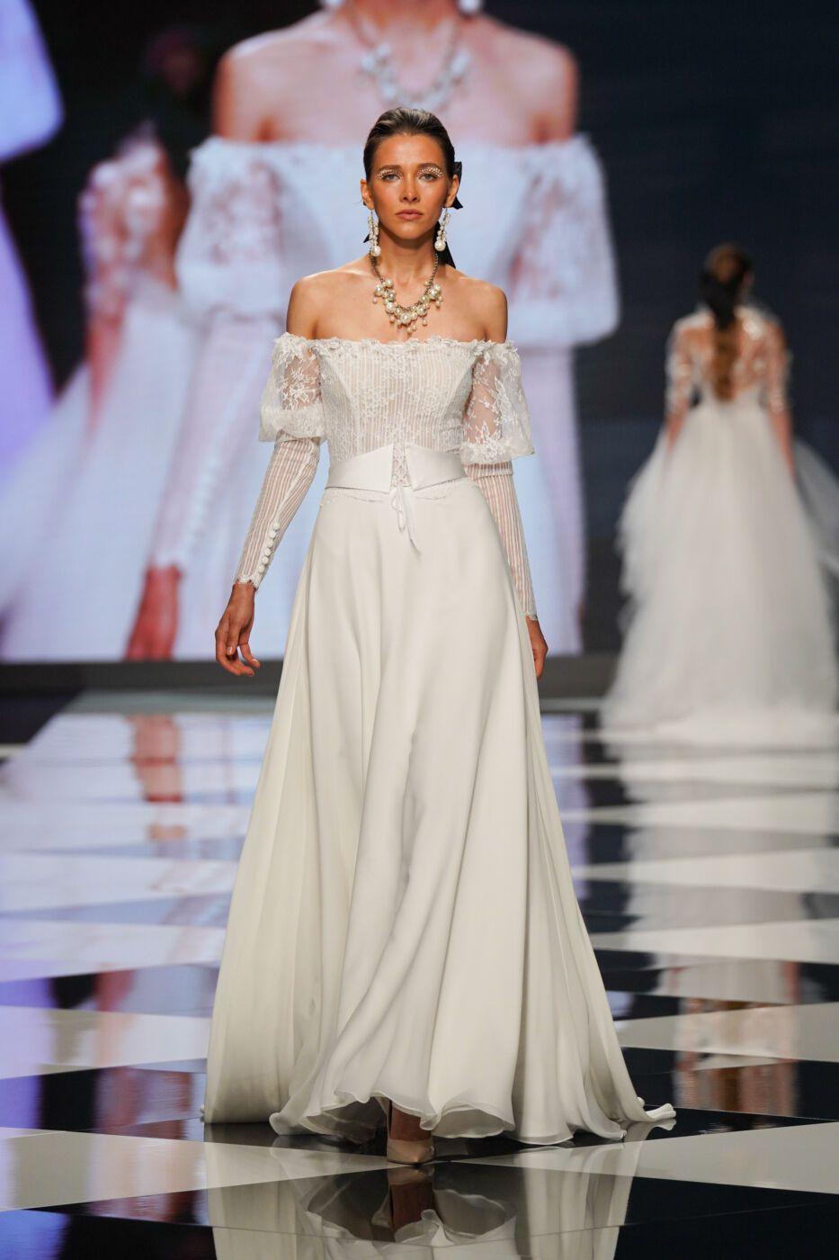 https://www.weddingmagazine.com.ua/wp-content/uploads/2021/08/elisabeta-poligrano-2021-5.jpg