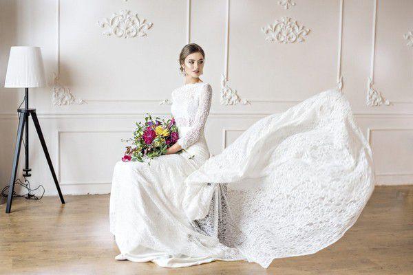 https://www.bridal-times.com/en/wp-content/uploads/2021/03/shutterstock_573420652.jpg