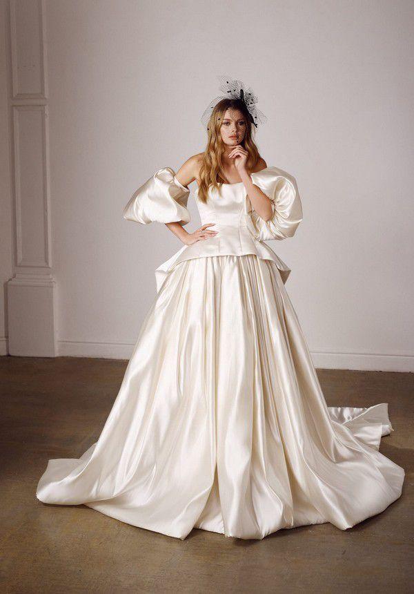 https://fashionista.com/.image/c_limit%2Ccs_srgb%2Cfl_progressive%2Ch_2000%2Cq_auto:good%2Cw_2000/MTgwMjI1NDgwMjIwMjIyNTg2/galia-lahav-couture-spring-2022-bridal-wedding-dress-lady-g-front.jpg