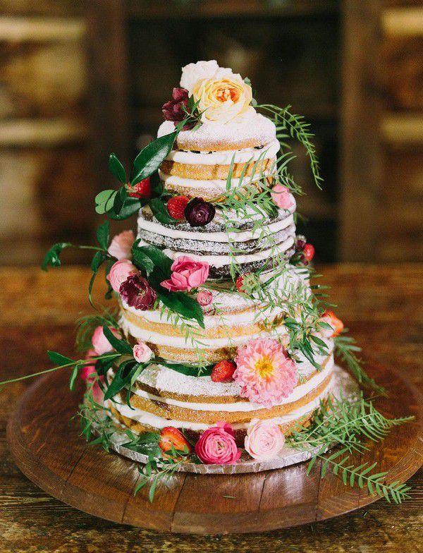 https://greenweddingshoes.com/wp-content/uploads/2016/12/stephaniepaul-wedding-36.jpg