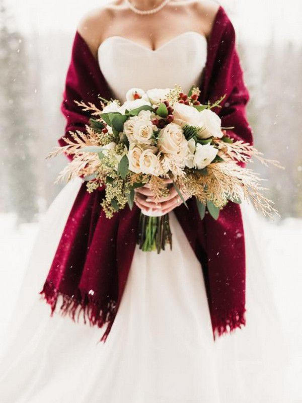 https://hgtvhome.sndimg.com/content/dam/images/hgtv/fullset/2016/12/16/1/Original_Kelsey-Booth-Photography-winter-bouquet.jpg.rend.hgtvcom.616.822.suffix/1481920452126.jpeg