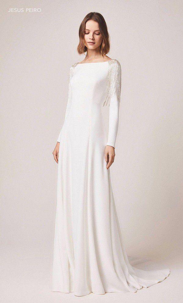 https://cdn0.hitched.co.uk/articles/images/5/2/6/4/img_64625/winter-wedding-dresses-jesus-peiro.jpg