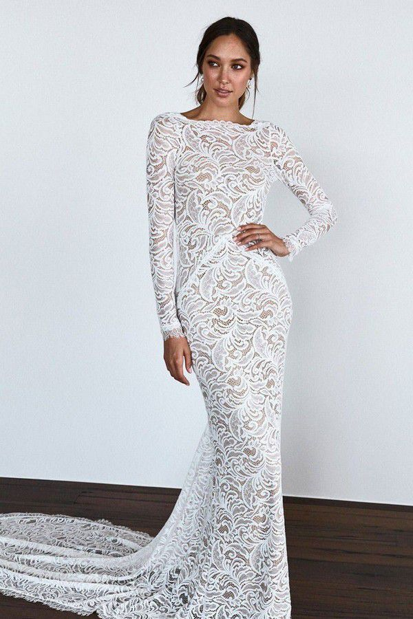 https://cdn0.hitched.co.uk/articles/images/3/0/6/4/img_64603/winter-wedding-dresses-grace-loves-lace.jpg