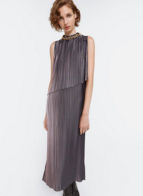https://cdn0.hitched.co.uk/articles/images/9/9/2/9/img_69299/uterque-two-toned-pleat-dress.jpg