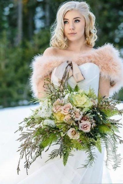 https://i.weddingomania.com/2016/09/14-blush-feather-bolero-creates-an-accent-and-keeps-your-shoulders-warm.jpg