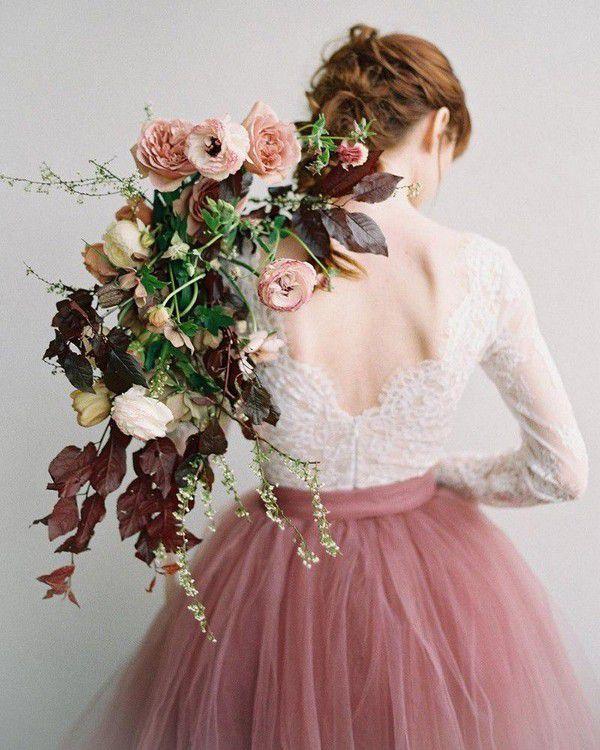 https://1z30b13mfvdj2ixk6z3i8rfx-wpengine.netdna-ssl.com/wp-content/uploads/color-wedding-dresses-CarrieKing-SweetCarolineStyles.jpg