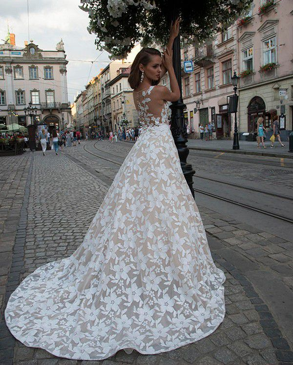 https://fashionbride.ua/assets/cache/images/c7f4faf0c1dfda6001f5122d1959788f.jpg