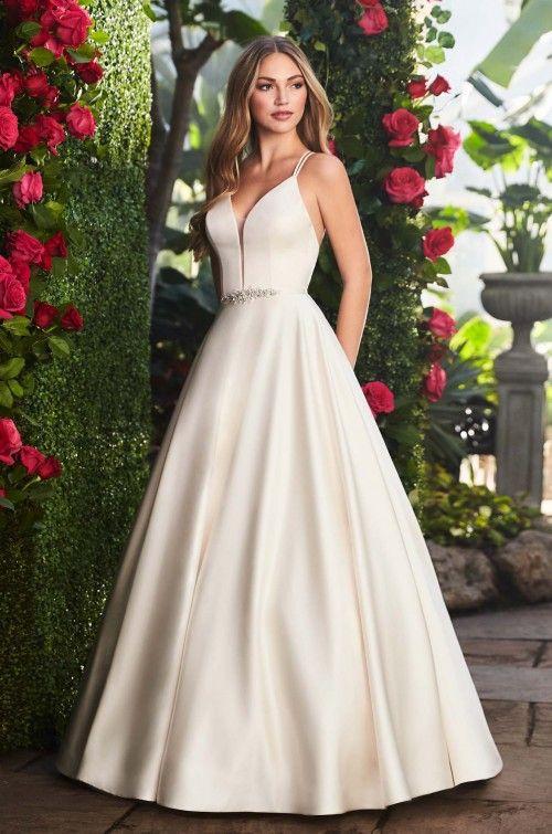 https://www.bridalreflections.com/wp-content/uploads/2019/07/2257f-500x755.jpg