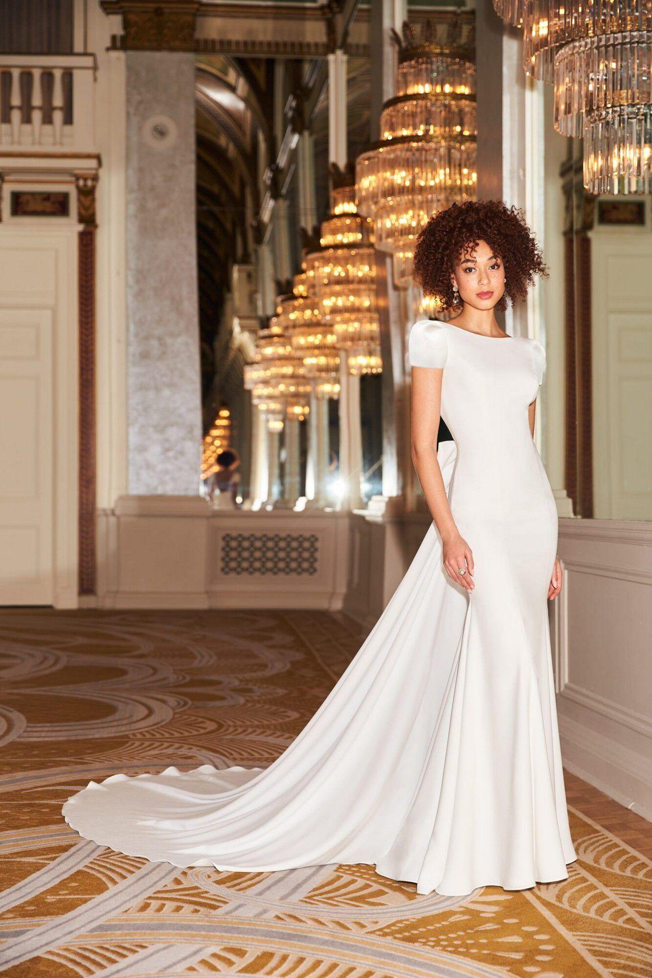https://www.bridalreflections.com/wp-content/uploads/2021/08/2350f-min-1333x2000.jpg