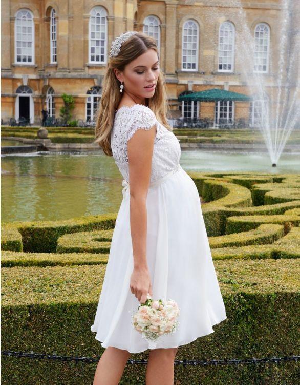 https://www.bridemagazine.co.uk/images/original/5f5a4b6f20c4de169eeebea8.jpg