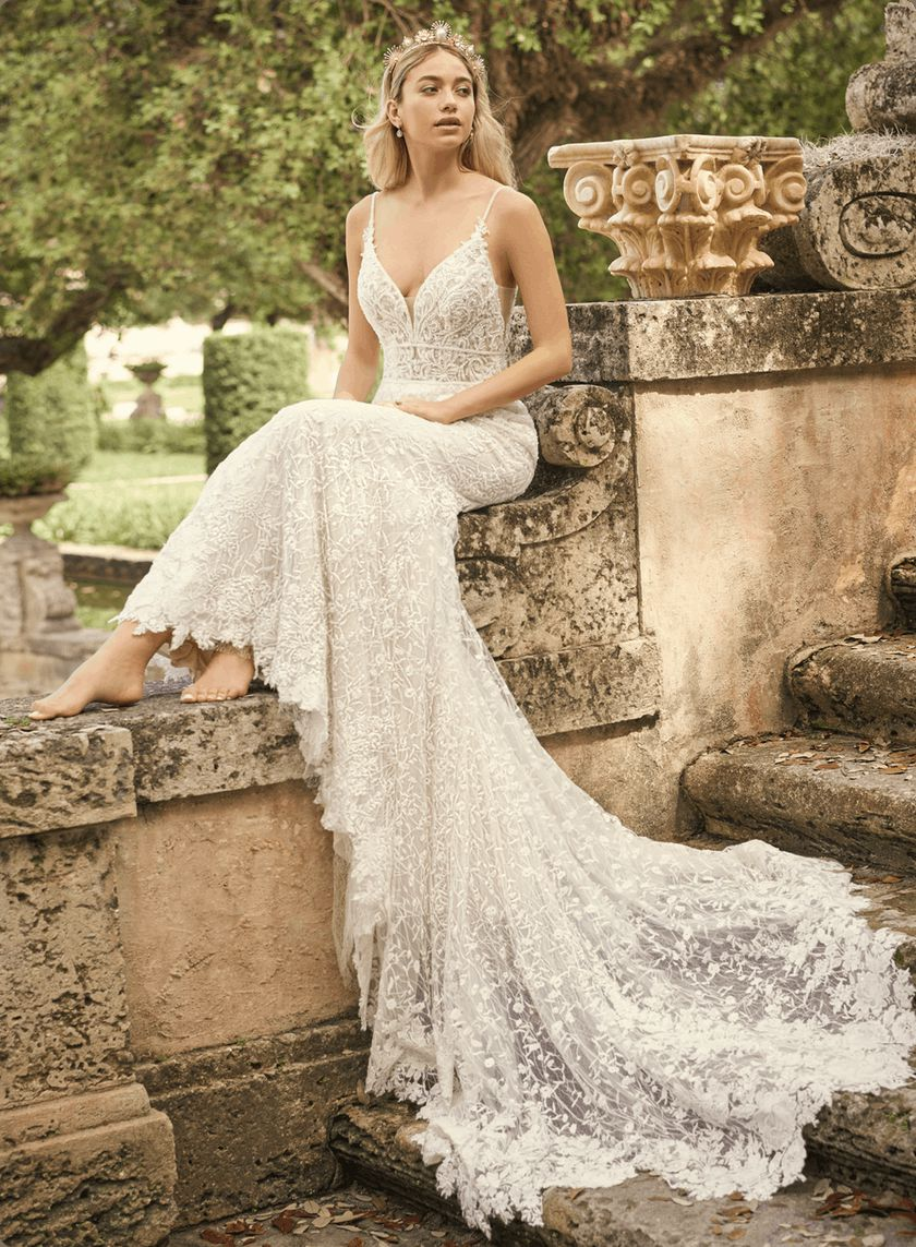 https://msw-static-images.maggiesottero.com/brands/2021-fall/maggie-sottero/Maggie-Sottero-Gretna-21MT764A01-Main-PL.png?w=840&dpr=1